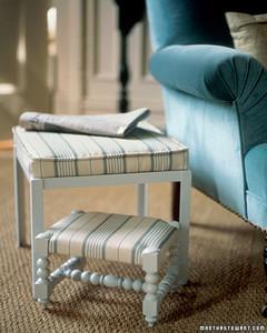 gtdd_stools01_s.jpg