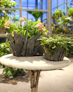 5040_111209_planter.jpg