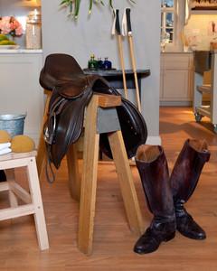 5072_010710_leather.jpg