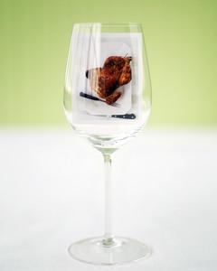 med102787_0407_wine.jpg