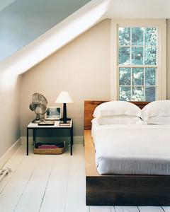 mla103203_0408_bedside.jpg