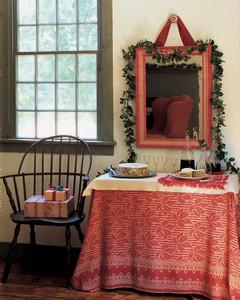 ml112l1_1201_tablecloth.jpg
