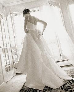 wed_w99_buyingadress_02.jpg