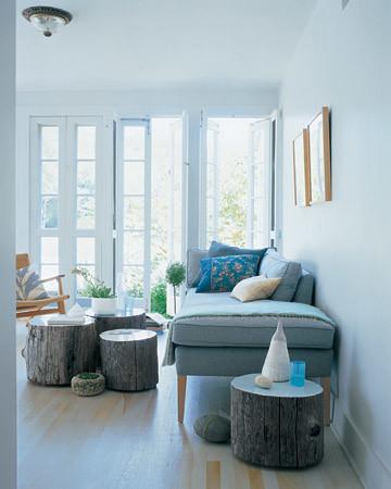mla103522_0608_livingroom.jpg