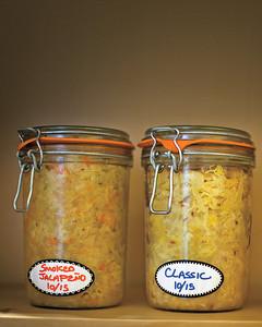 sauerkraut-jar-3-mld107654.jpg
