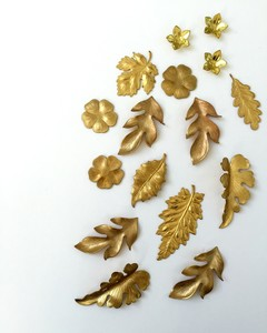 brass leaf appliques for a lamp