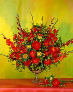 flower-arranging-la103516-red-yellow.jpg