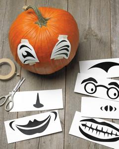 pumpkin-how-2-exp1-scissor-mld108222.jpg