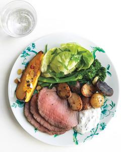 rosemary-garlic-roast-beef-1-med107845.jpg