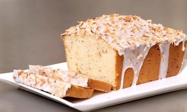 Video Vanilla Sheet Cake With Malted Milk Chocolate