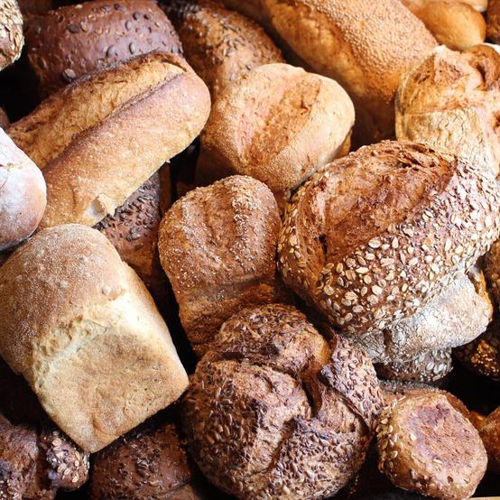 multiple loaves of bread