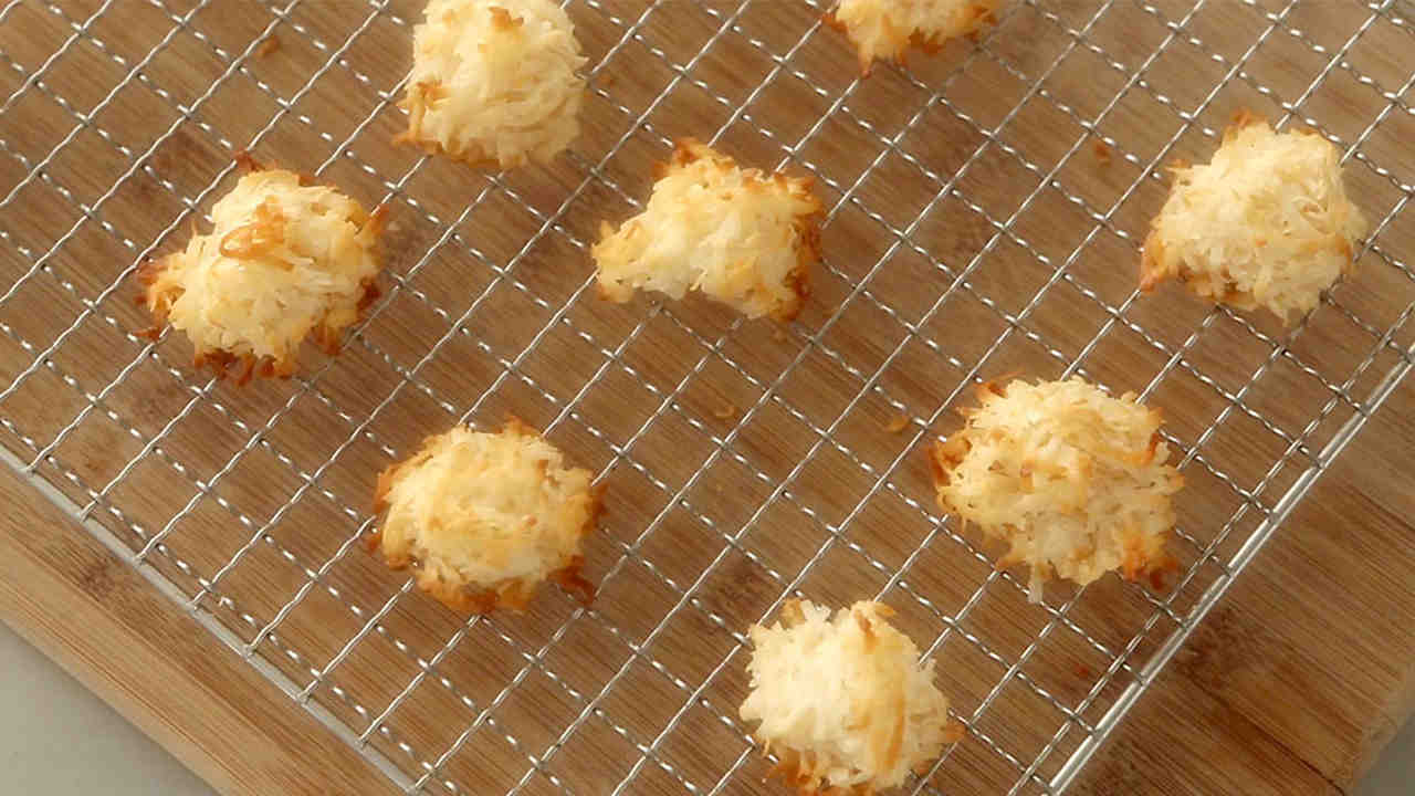 Chewy Coconut Macaroons Recipe Martha Stewart