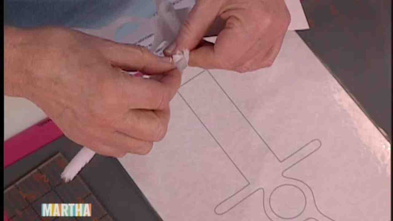 Video: How To Make A Fun Easter Basket With Kevin Sharkey Martha Stewart