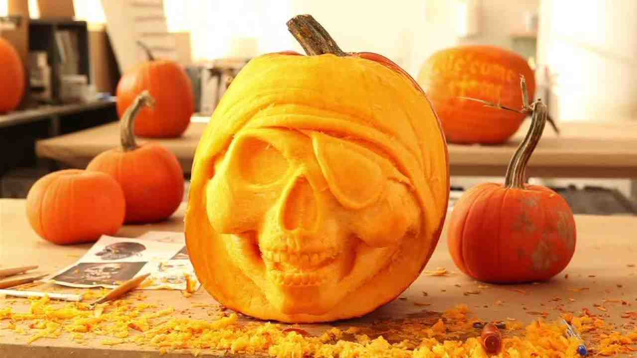 Video: Pumpkin Carving Ideas and Techniques | Martha Stewart