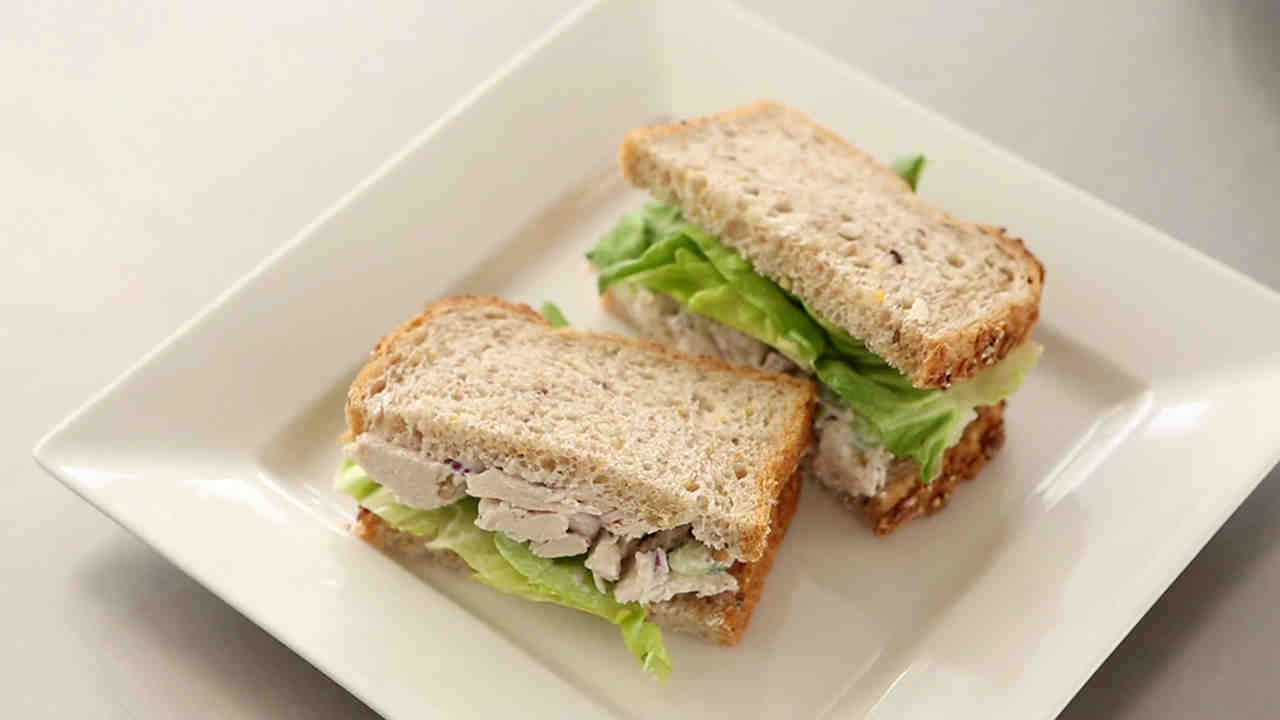 Recipe poached chicken sandwiches