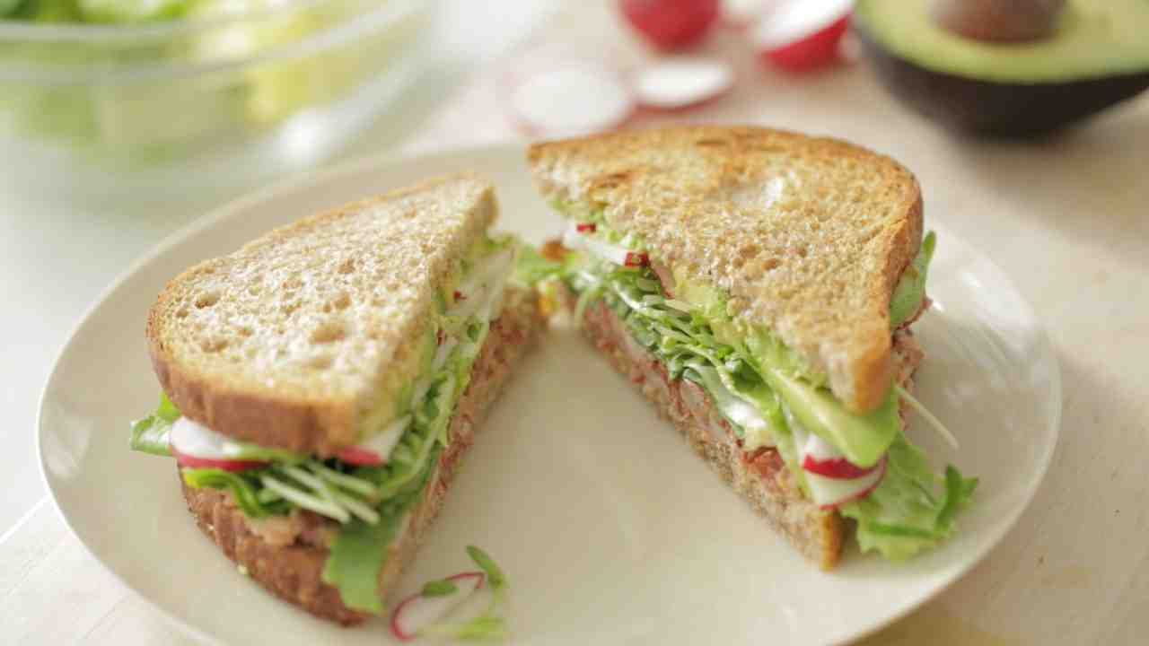 Video Chipotle Avocado Summer Sandwich Recipe Martha Stewart