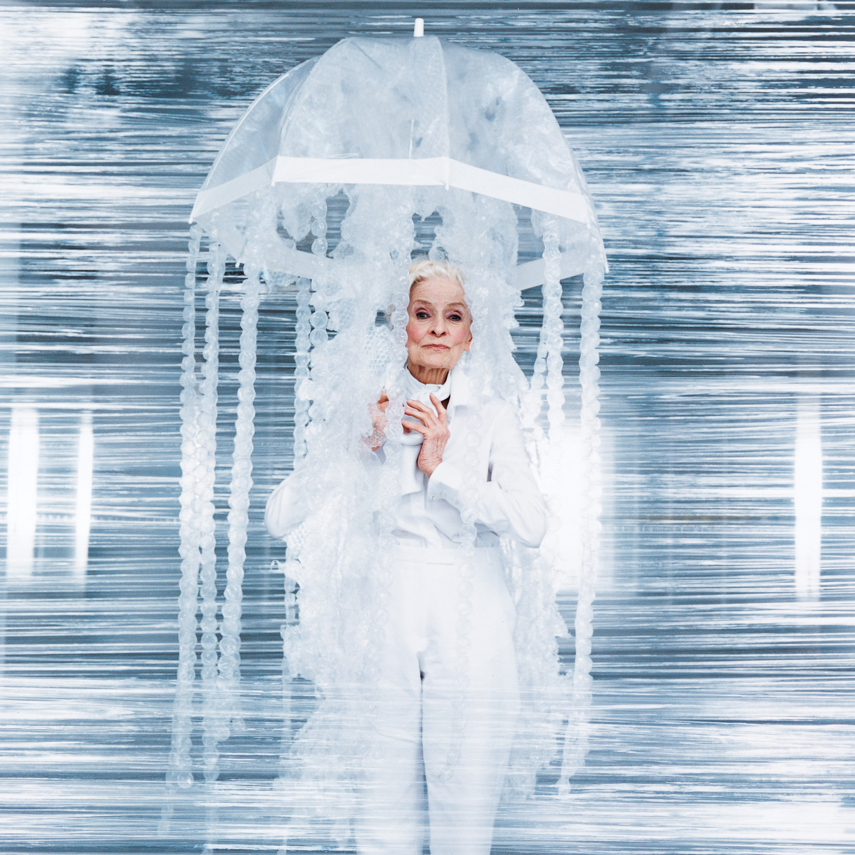 No Sew Costume Bubble Wrap Jellyfish Martha Stewart