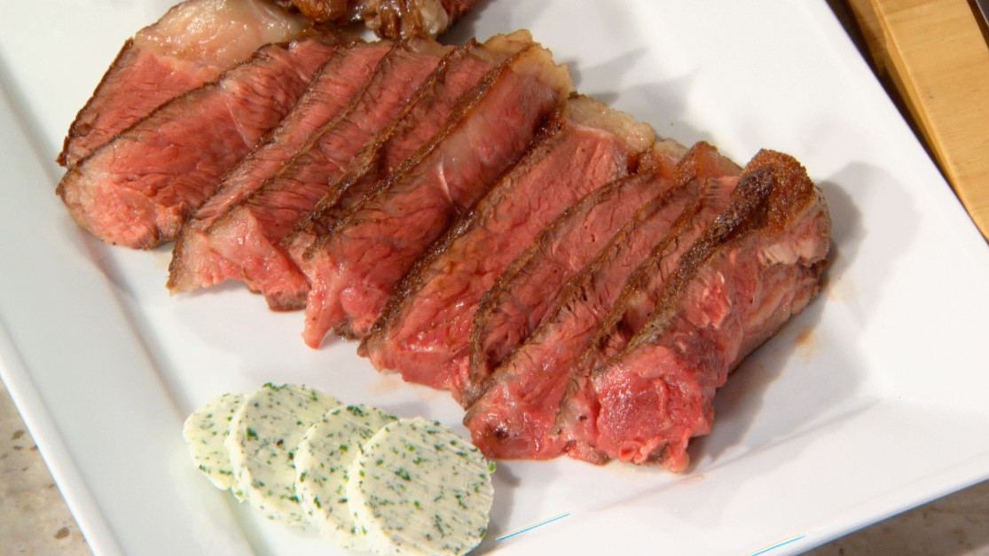 Video: Porterhouse Steak | Martha Stewart
