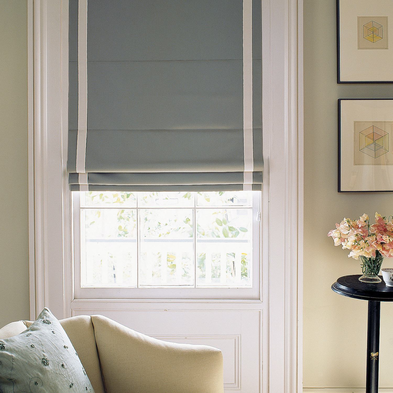 Emery Linen/Cotton Cordless Roman Shade | Pottery Barn