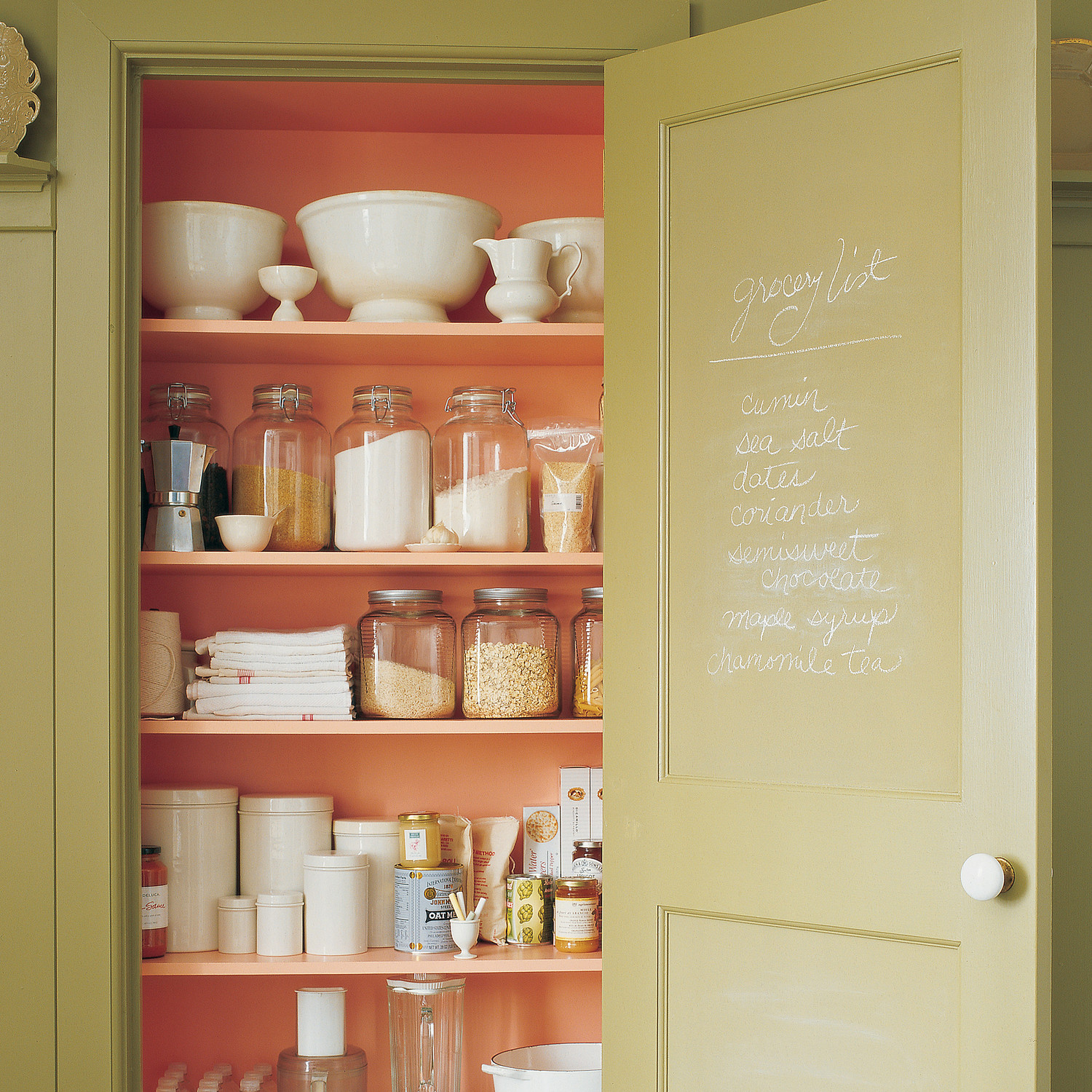 Organizing Kitchen Pantry Jenni Kaynes Kitchen Organizing Tips Martha Stewart