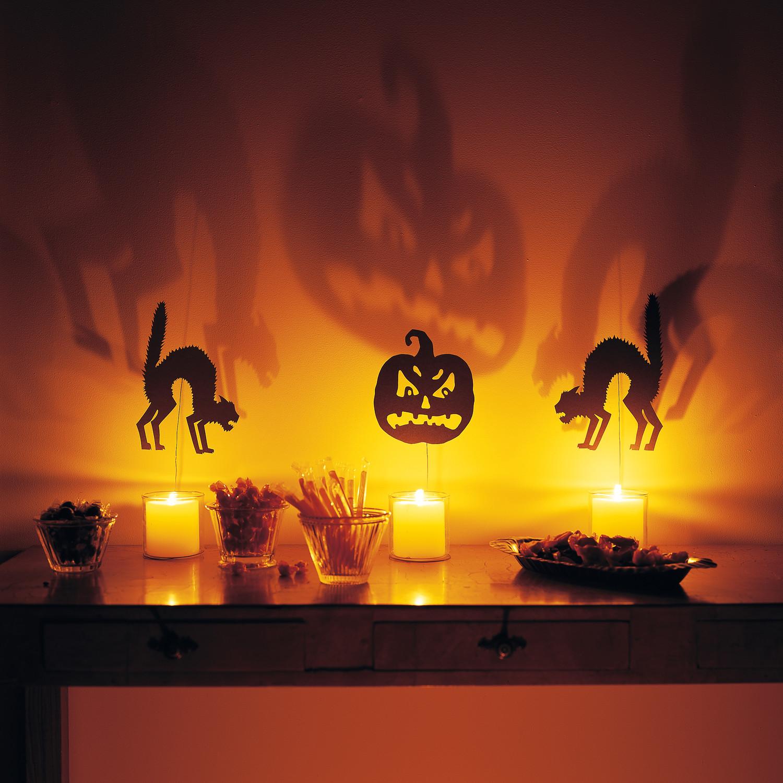 Shocking silhouettes martha stewart - Idee de deco halloween ...
