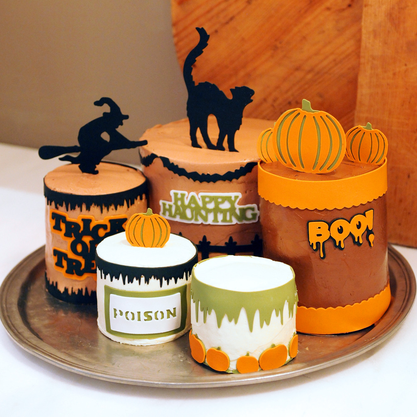 cricut cake decorations martha stewart - Halloween Cakes Decorations