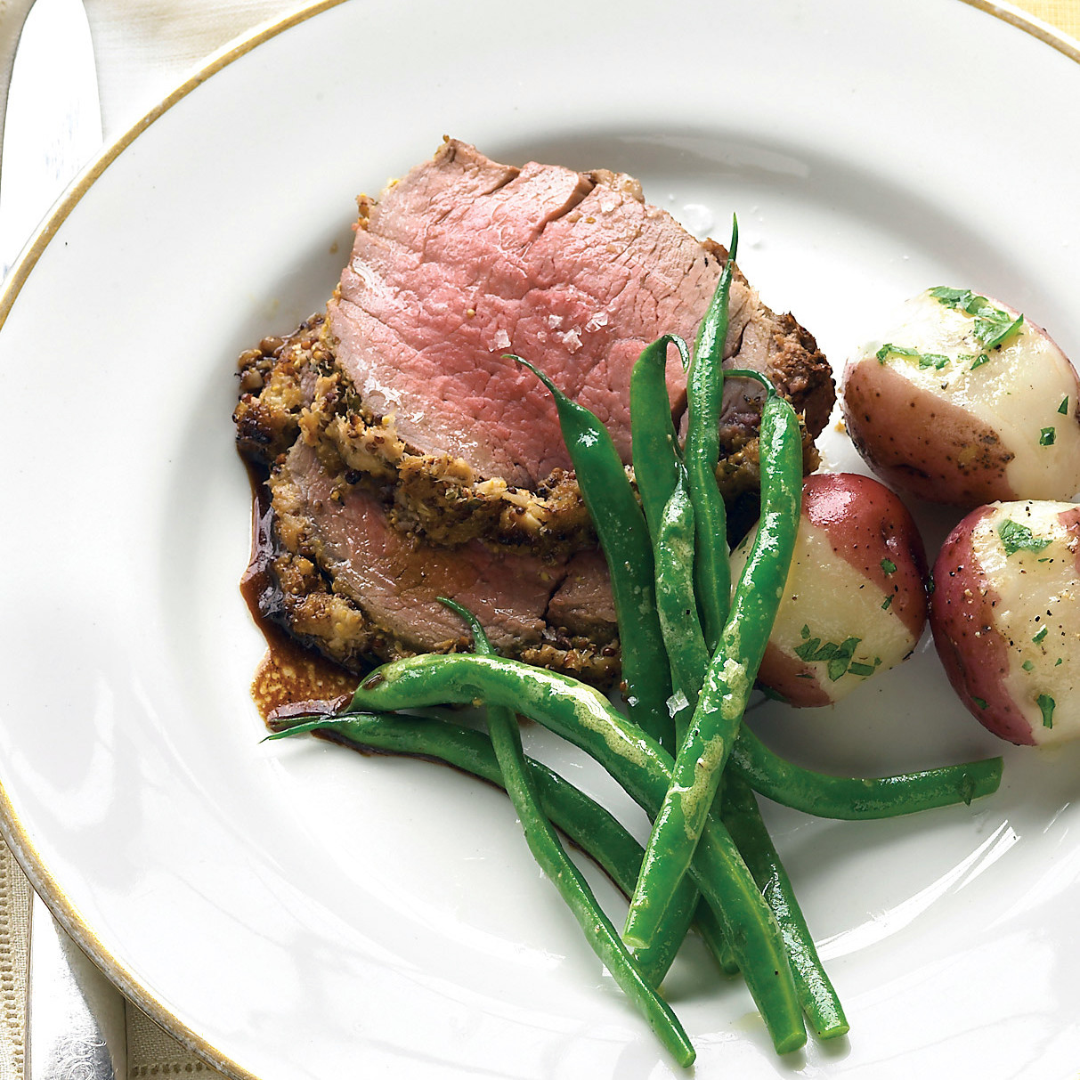 Beef Tenderloin With Fresh Herbs And Horseradish Recipe