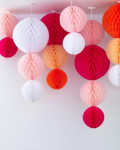 Подвесной шар из бумаги своими руками