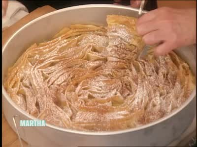 video: how to make ruffled milk pie | martha stewart