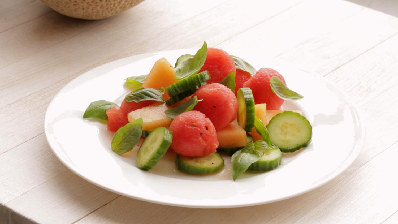 Video Refreshing Cucumber Melon Salad Martha Stewart