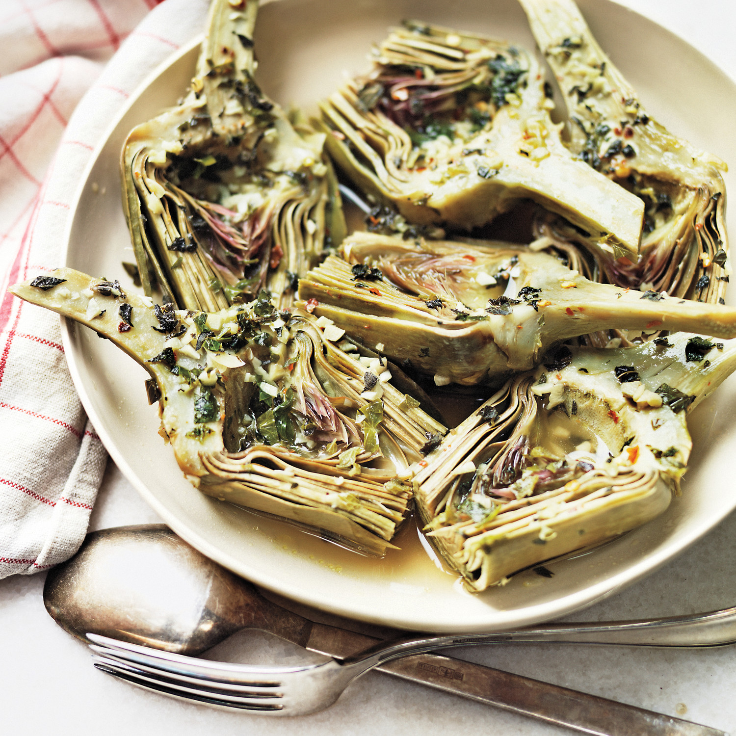 6 Dishes Health Nuts Order At Olive Garden: Roman-Style Artichokes