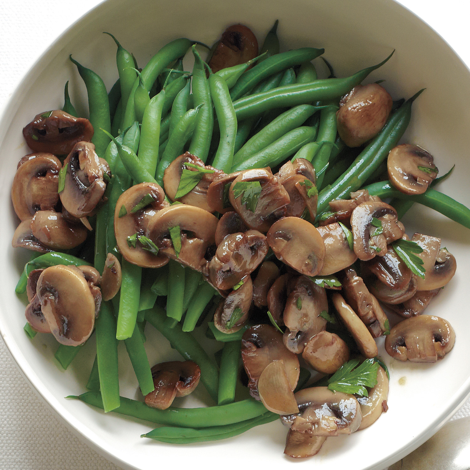 Green Beans With Sauteed Mushrooms And Garlic Recipe