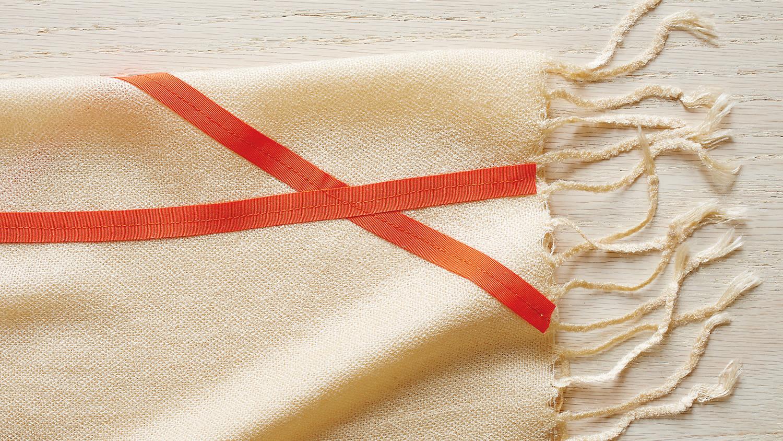 ribbon-detail-080-mld110473-mld110473.jpg