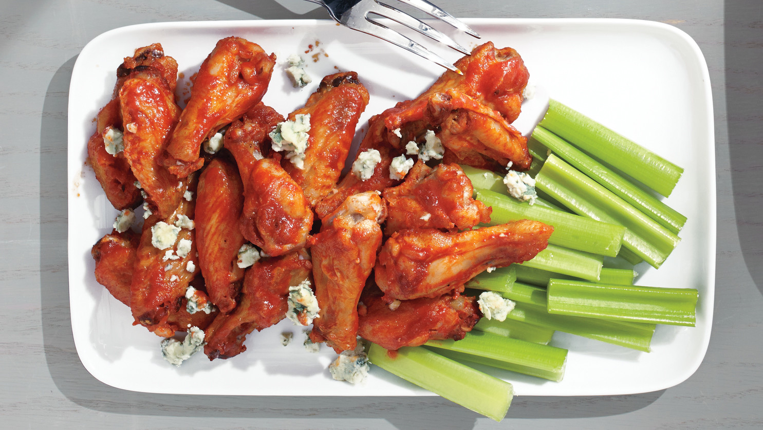 Sriracha-Buffalo Chicken Wings