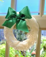 6061_120910_wreath.jpg
