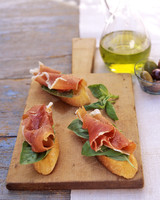 Outdoor Party Drinks and Appetizers