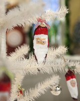 5054_120109_ornament.jpg
