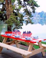 gt04maymsl_picnictable.jpg