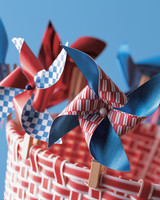 kids_summer03_pinwheel.jpg