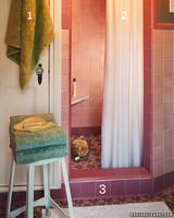 la100193_0803_bathroom.jpg