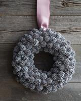 mld104657_1109_wreath2.jpg