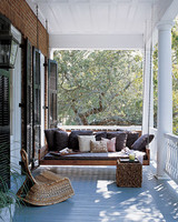 mpd102374_fall06_porch.jpg