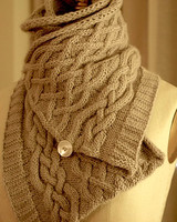 crafter_cowl_neck_scarf.jpg