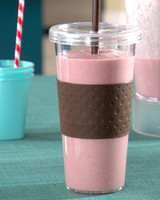 mh_1090_oatmeal_smoothie.jpg