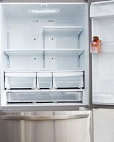 refrigerator-058-d111026.jpg