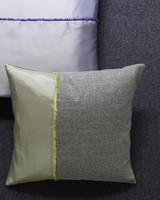 ld104586_0310_pillow2_002.jpg