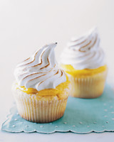 mscupcakes_lemon_meringue.jpg