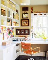 a100232_gt05_deskcraftroom