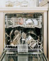 ml711_1197_dishwasher_pans.jpg