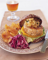 ml906z9_0699_turkey_burger.jpg